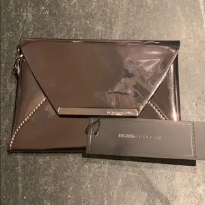 BRAND NEW w/tags BCBGMAXARIA leather wristlet